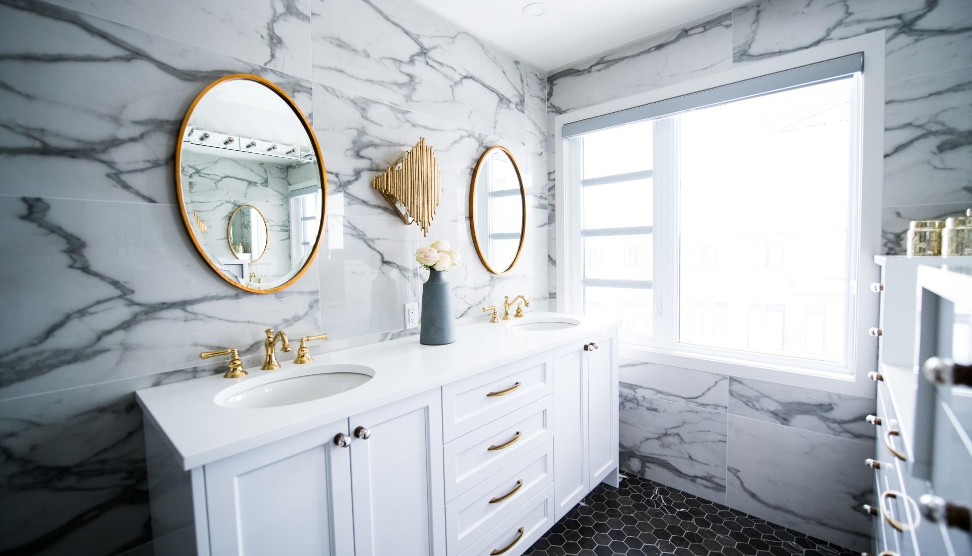 Kako izgledajo moderne keramične ploščice za kopalnico?
