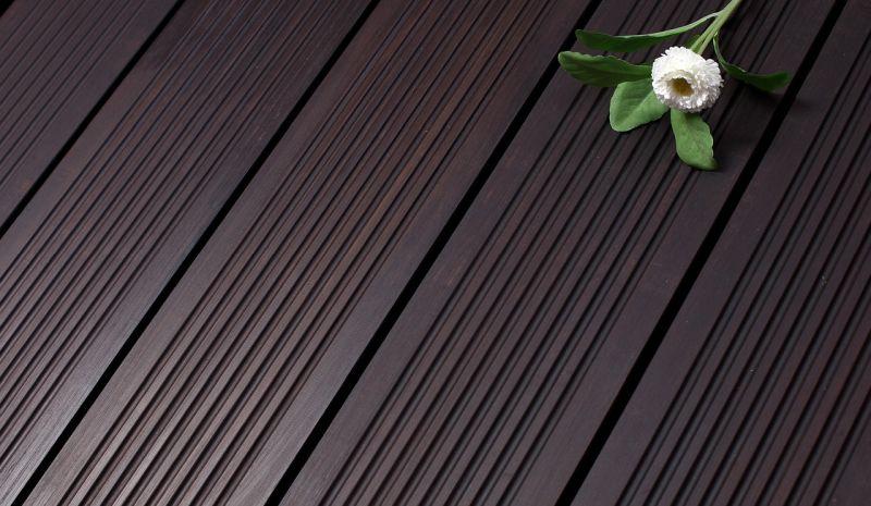 Bambus parket velja za bolj občutljivo vrsto talne obloge